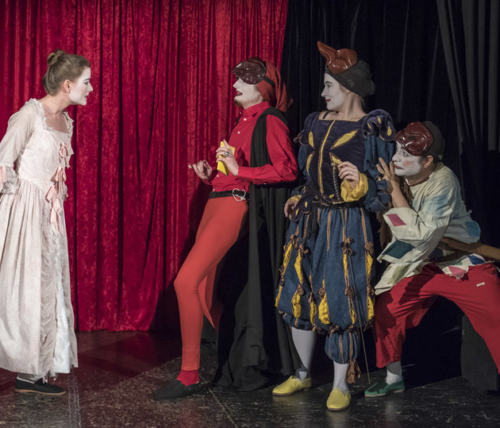 Faust in Commedia
